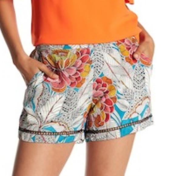 b1a259b1322 NWT Trina Turk High Waist Silk Bubbly Shorts XS